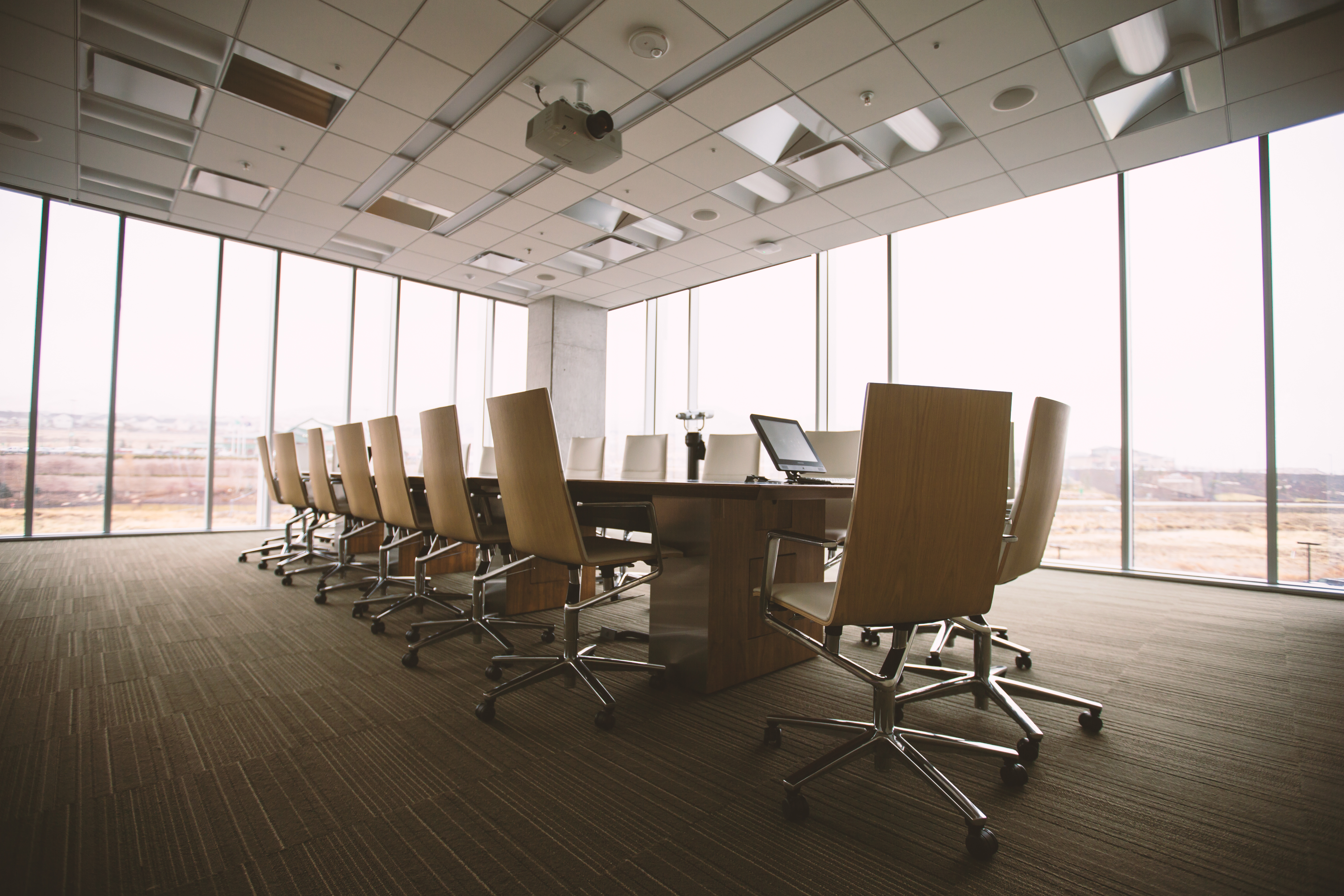 楽々に良いアイデアを生み出しスタッフとの関係性も良くなる会議の方法